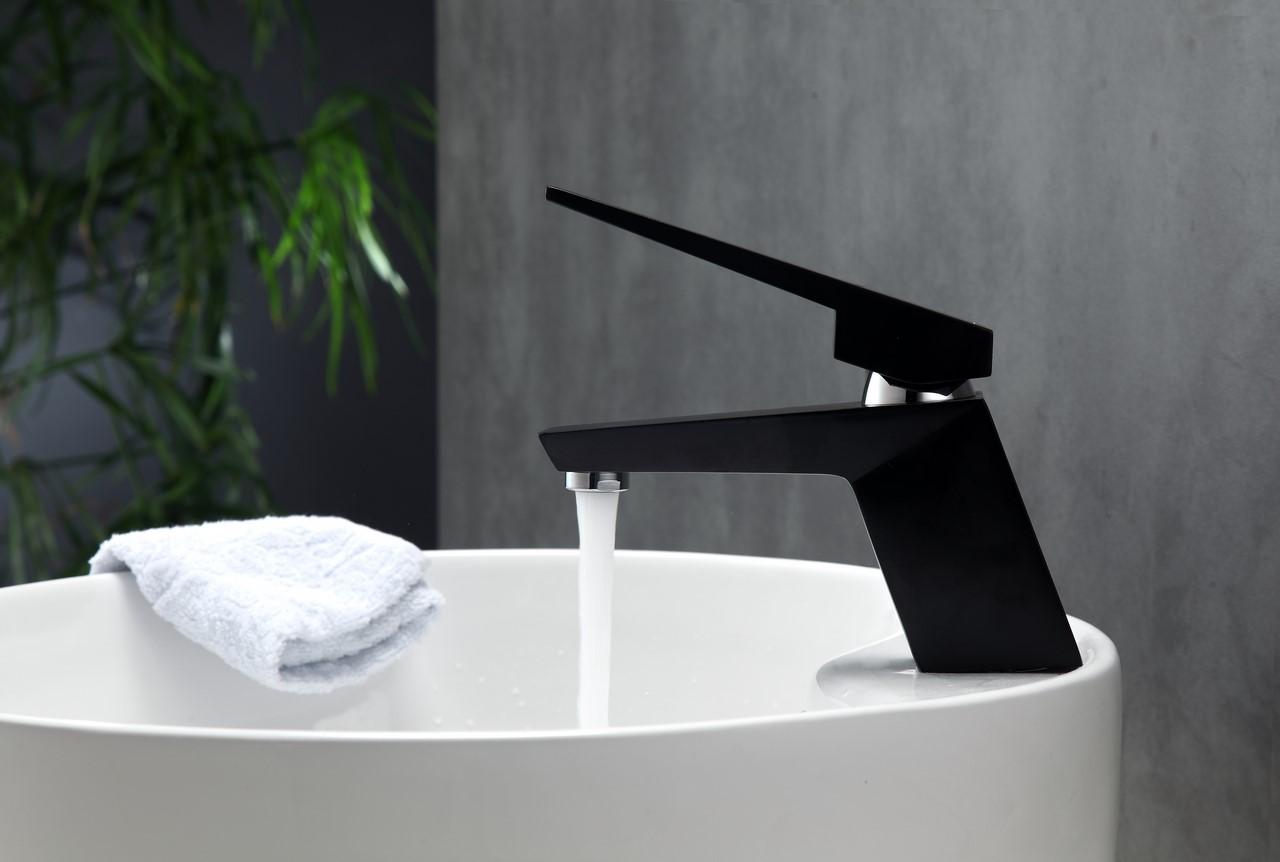 Aqua Siza Single Lever Modern Bathroom Vanity Faucet - Matt Black ...